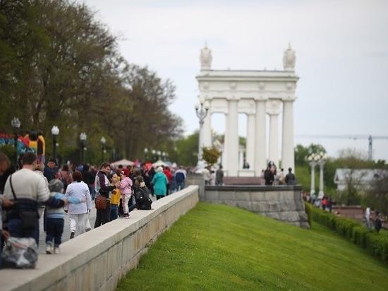 В День города в Волгограде пройдут мини-концерты, автопробег и флешмоб