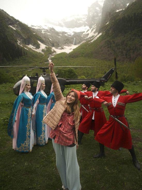 Ведущую «Орла и Решки» Тодоренко удивило великолепие Карачаево-Черкесии