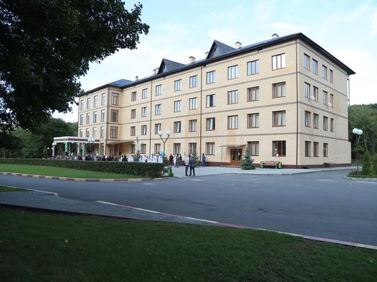 В Ингушетии открыли новый четырехэтажный корпус Дома ветеранов