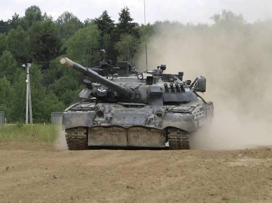 В Кантемировской дивизии продемонстрировали  танковый вальс
