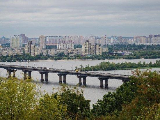 В Киеве заявили, что Украина существует в условиях третьей мировой войны