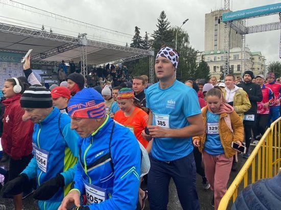3 306 бегунов стартовали на всех дистанциях международного марафона в Омске