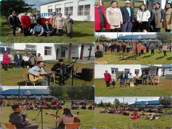 В Туве педагоги дали концерт с целью набора детей в ДШИ