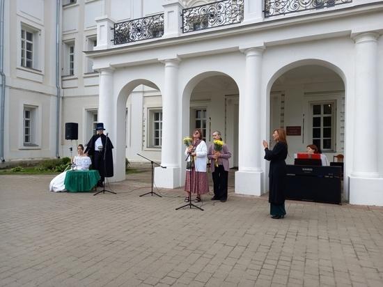 В Полотняном заводе под Калугой восстанавливают сад Гончаровых