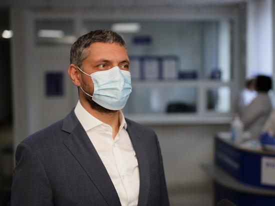 Осипов заявил, что забайкальцам еще долго придется носить маски