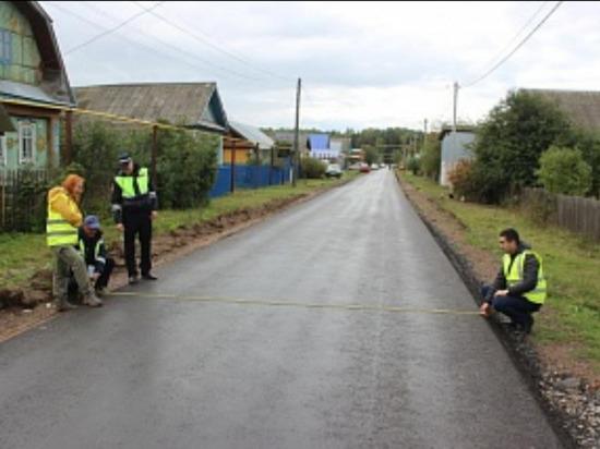 В Можге и Можгинском районе завершают ремонт дорог в рамках нацпроекта БКД