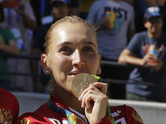 Появились подозреваемые в краже олимпийских медалей у теннисистки Весниной