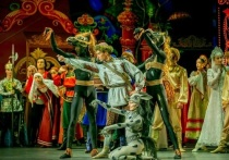 Михайловский театр открыл свой уже 189-й театральный сезон одним из первых в стране