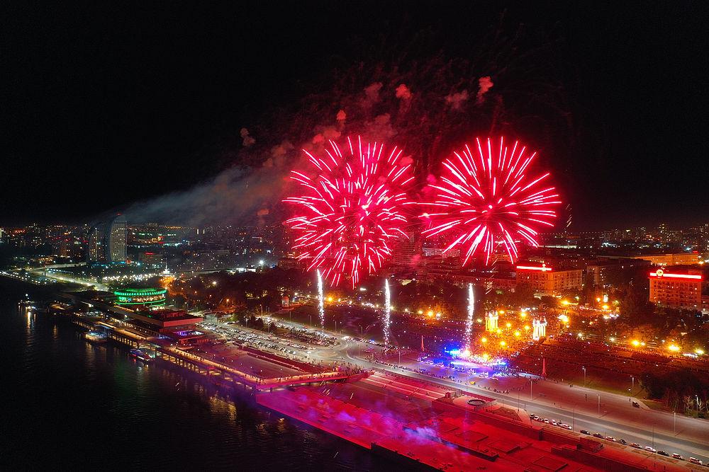 В Волгограде празднование Дня города завершилось ярким фейерверком