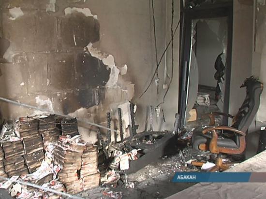 Глава Хакасии высказался о пожаре в штабе кандидата в Госдуму РФ