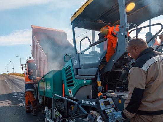 В Магадане планируют на этой неделе заасфальтировать участок дороги, ведущей на Кожзавод