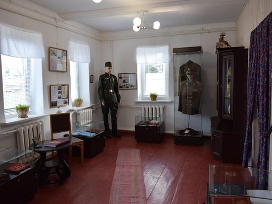 На калужской родине генерала Исакова открыли музей крестьянского быта