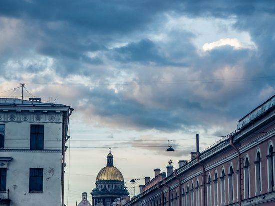 Петербург готовится к объявленному шторму