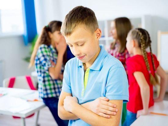Почему дети шалят в школе и что с этим делать