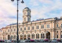 На Московском вокзале устранили заблокировавшее выход из метро подтопление