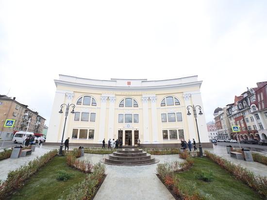 Дворец – делу венец: в Твери открылся новый ЗАГС с колоннами и мраморной отделкой