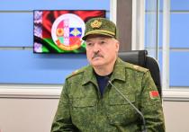 Резкая смена тона в отношениях Минска и Москвы — от ничего не значащих периодических разговоров о дружбе до заявлений об общем оборонном пространстве — находит все новые проявления