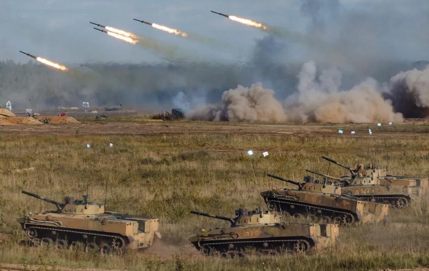 Путину на учениях «Запад-21» показали новое оружие и новую тактику