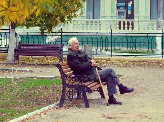 Более 59 тысяч курских пенсионеров получили за вакцинацию от коронавируса 3 тысячи рублей