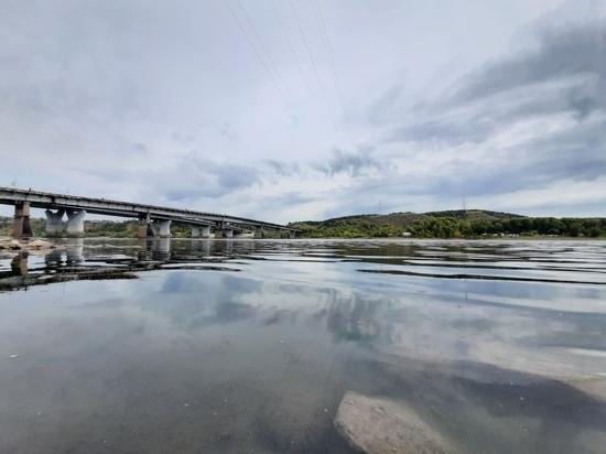 Эколог назвал свою причину обмеления реки Томь в Кузбассе