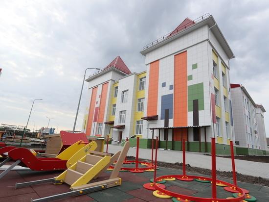 Бочаров поручил завершить строительство детсада в Урюпинске к 1 ноября