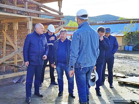 Ход работ проинспектировал зампред правительства Евгений Луковников