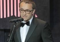 Информация о том, что самый титулованный российский режиссер, двукратный обладатель венецианского «Золотого льва», многократный лауреат Каннского кинофестиваля, обладатель «Золотого глобуса», дважды номинант на премию «Оскар» кинорежиссер Андрей Звягинцев находится в  тяжелом состоянии в одной из клиник Германии, появилась только на днях, хотя заболел ковидом он еще в начале июля