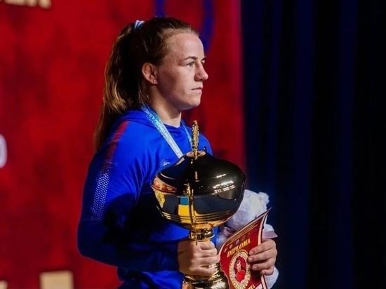 Новгородка победила на международном турнире по спортивной борьбе и собралась на Олимпийские игры