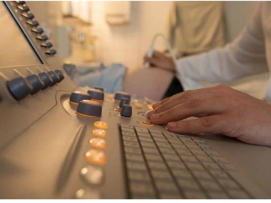 Больницы Якутии получили 22 аппарата УЗИ