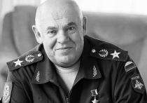 Ушедший из жизни Герой России генерал армии Виктор Казанцев был главным организатором и руководителем второй чеченской кампании, и ее успех во многом - его личная заслуга