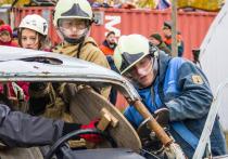 Юные спасатели отрабатывают поисковые навыки в Салехарде
