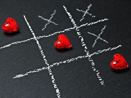 Названы 5 знаков зодиака, которых ждёт любовь в октябре