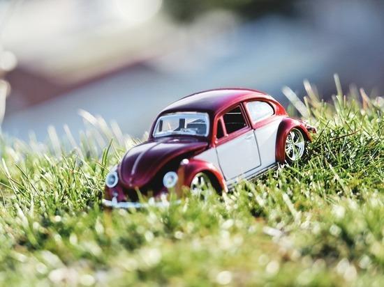 До 1 апреля 2022 года в Ижевске разрешили парковаться на газонах
