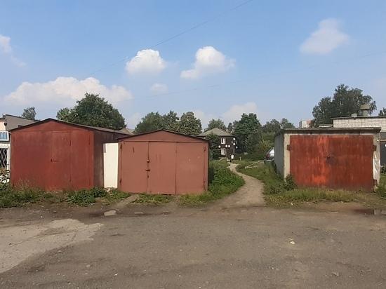 Власти Петрозаводска снесут десять незаконных гаражей