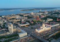 В Тракторозаводском районе Волгограда начали укладывать газон