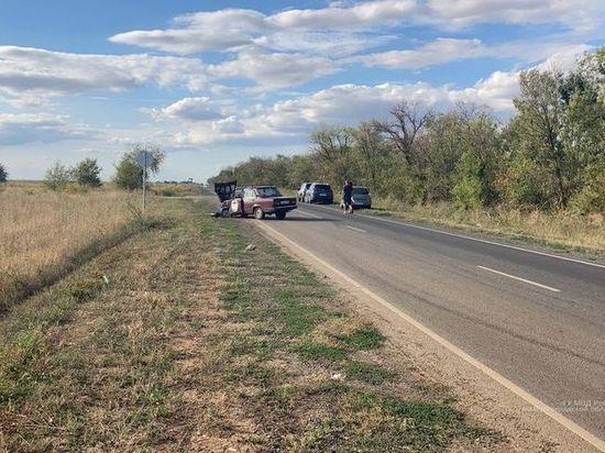 В ДТП в Волгограде пострадали 26-летняя и  6-летний пассажиры