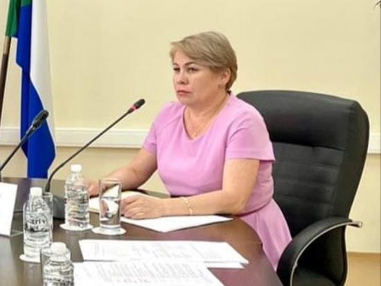 Елена Никонова возглавила управление образования в Хабаровском районе