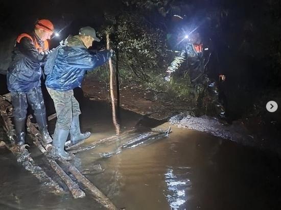 Спасатели по геолокации нашли заблудившегося в лесу мужчину из Ноябрьска