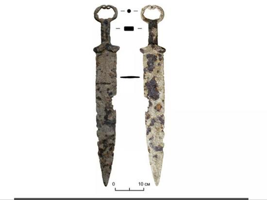 Скифский меч сдали в пункт приема металлолома в Красноярском крае