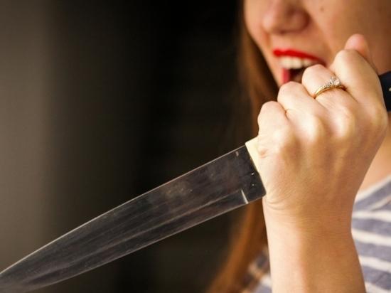 На Колыме дама с судимостью ранила ножом сожителя