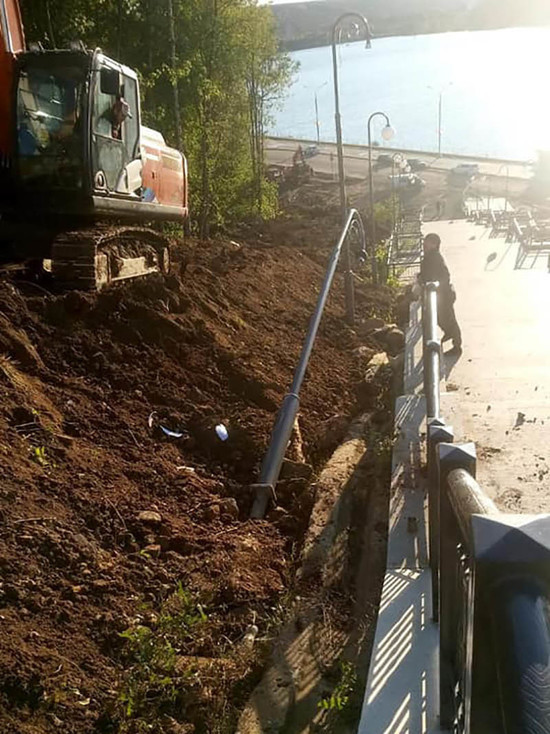 Власти Калуги рассказали, что случилось с фонарями на набережной