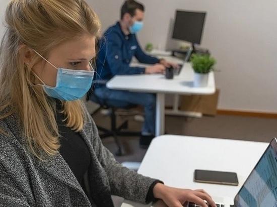 Названо время вспышки коронавируса из-за возвращения работников в офисы