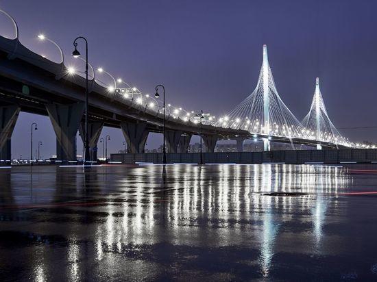 Вместо Невского рынка появится очередной мост через Неву