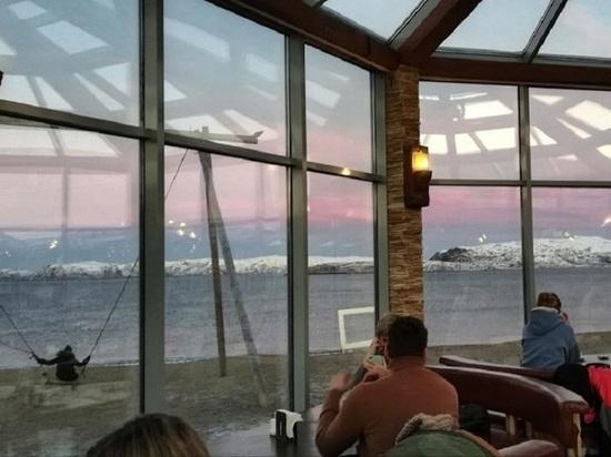 Прогуляться по пляжу в Териберки можно бесплатно, а за любование красотами Крайнего севера будут взимать экопошлину