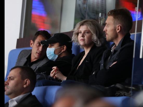КХЛ представила новых партнеров и объявила о продлении благотворительной акции с «Фонбет»