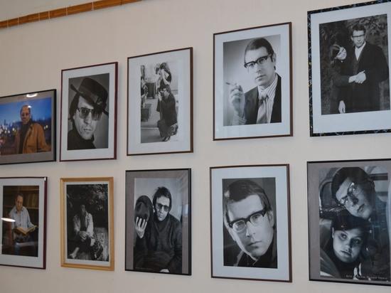 В Симферополе открыта выставка памяти писателя и журналиста Аркадия Левина