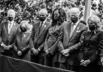 На днях президент США Джо Байден уступил нажиму родственников жертв сентябрьских терактов, которые в противном случае собирались просить его не появляться на траурной церемонии в Нью-Йорке, и распорядился рассекретить ряд документов расследования этого преступления