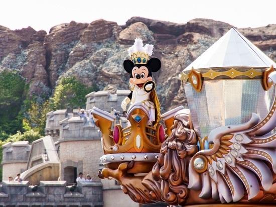 Впервые с марта прошлого года компания Walt Disney World вновь выпустила в продажу годовые абонементы в свои парки развлечений