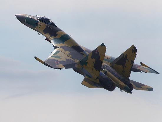 """Названы преимущества российского Су-35 над французским """"Рафалем"""" в бою"""