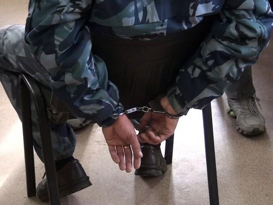 Сотрудник Магаданской колонии брал взятки за доставку запрещенных предметов заключенным